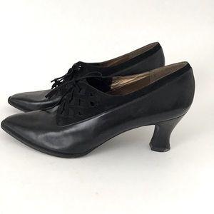 Vintage Stuart Weitzman NY Leather Lace Up Heel